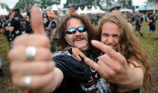 75.000 Menschen feiern in Wacken das größte Heavy-Metal-Festival der Welt. (Foto)