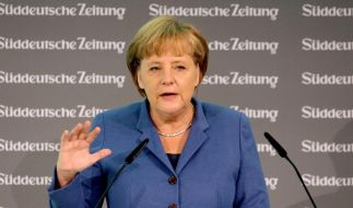 Merkel beharrt auf EU-Vertragsänderung (Foto)