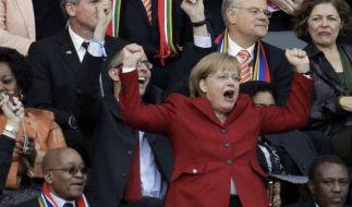Merkel bei der WM (Foto)