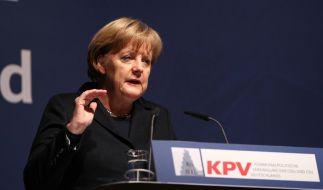 Merkel fordert Konsequenzen (Foto)