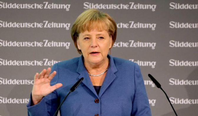 Merkel pocht auf EU-Vertragsänderung (Foto)