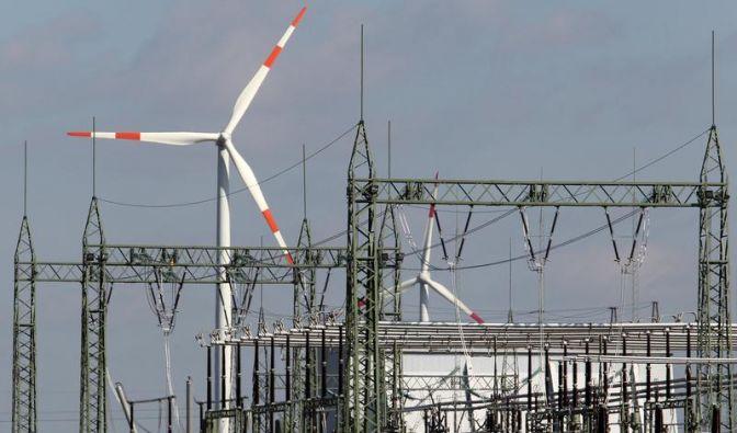 Merkel setzt sich für neue Kraftwerke ein (Foto)