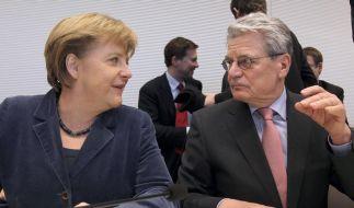 Merkel und Gauck beim DFB-Pokalfinale (Foto)