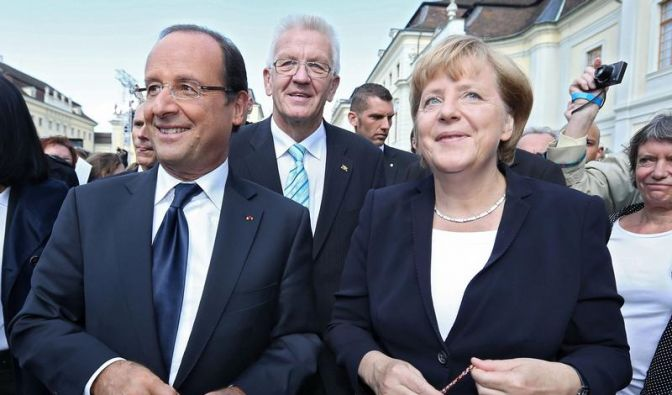 Merkel und Hollande üben Schulterschluss zur Rettung Europas (Foto)