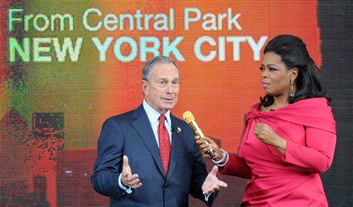 Michael Bloomberg im Gespräch mit der Fernsehmoderatorin Oprah Winfrey. (Foto)