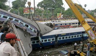 Mindestens 60 Tote bei Zugunglück in Indien (Foto)