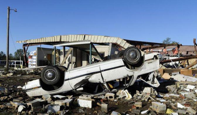 Mindestens neun Tote bei Tornados in den USA (Foto)