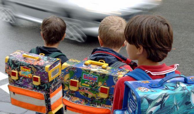 Minister will Ärzte zu Schulkindern schicken (Foto)