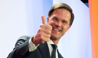 Ministerpräsident Mark Rutte hat bei der Parlamentswahl den rechtspopulistischen Herausforderer Geert Wilders klar abgewehrt. (Foto)