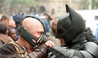 Mit einem Fusionsreaktor als Bombe droht Bane, Gotham in Schutt und Asche zu legen. Einhalt kann ihm nur einer bieten: der dunkle Ritter Batman. (Foto)