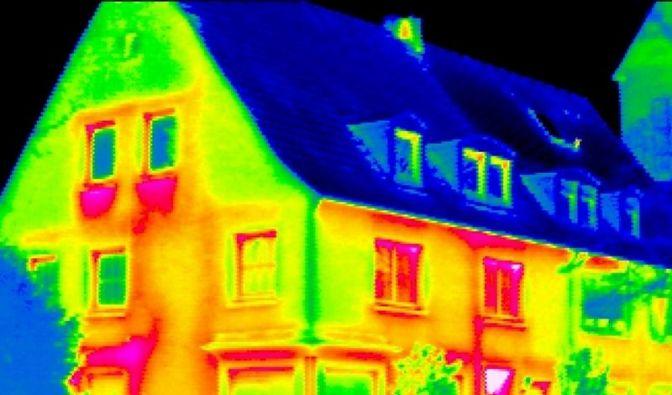 Mit Infrarot Schlupflöcher für Wärme finden (Foto)