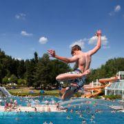 Bis zu 35 Grad! Spanische Hitze rollt nach Deutschland (Foto)