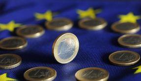 Mitgehangen, mitgefangen: Deutschlands Haushalt büßt für die Krise in Griechenland 2,7 Milliarden Euro ein. (Foto)