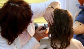 Mittelohrentzündung bei Kindern (Foto)