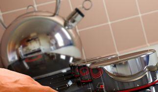 Moderne Ceran-Kochfelder sind eine Augenweide - haben aber nicht nur Vorteile.  (Foto)