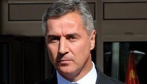Montenegros Regierungschef Djukanovic tritt zurück (Foto)