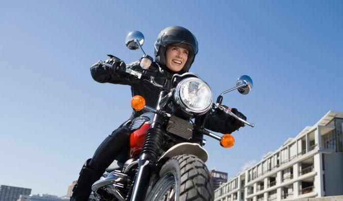 Motorradfahrer sollten körperlich gut gerüstet in die neue Saison starten. (Foto)