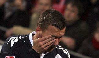Münzwurf gegen Podolski kostet Mainz 40 000 Euro (Foto)