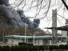 Nach Brand in Marl drohen Lieferengpässe für Autoindustrie (Foto)