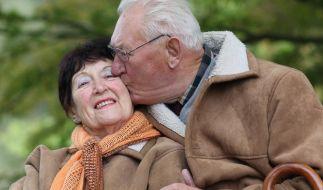 Nach einem Herzinfarkt vermeiden viele Patienten, sexuell aktiv zu werden. Aus Angst, beim Liebesspiel einen plötzlichen Herztod zu erleiden. (Foto)