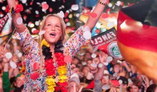 Nach Holland-Sieg: Fußballfans feiern friedlich (Foto)