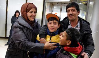 Nach einem Jahr kehrt der totgeglaubte Mahdi zu seiner Familie zurück. (Foto)