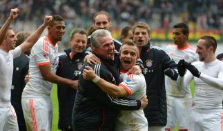 Nach dem schnellsten Meistertitel sind Spieler und Trainerfuchs Jupp Heynckes geil auf den ganz großen Pokal in London. (Foto)