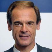 Nach dem Milliarden-Verlust kündigte Bosch-Chef Volkmar Denner eiserne Sparbemühungen an.
