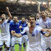 Nach dem griechischen Sieg über Russland herrschte bei Spielern und Fans Partystimmung.