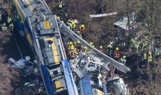 Nach dem Zugunglück in Bad Aibling: Einige Fragen sind noch offen. (Foto)