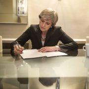 Nachdem die Brexit-Verhandlungen ins Stocken geraten sind, wächst der Druck auf Theresa May. (Foto)