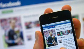 Nationaltorwart Manuel Neuer gab seinen Wechsel zum FC Bayer zuerst auf Facebook bekannt. (Foto)