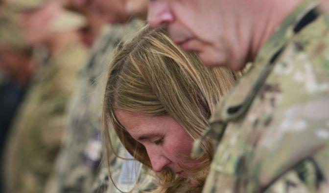 Nato-Soldaten gedenken Opfer (Foto)