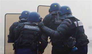 Nato_Polizei (Foto)