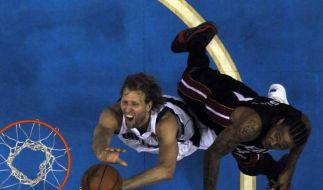 NBA-Titel für Nowitzkis Mavericks greifbar nahe (Foto)