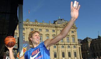 NBA vor ungewisser Zukunft, Nowitzki im Wartestand (Foto)