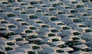 Neuwagenkauf im Netz zögerlich - Anstieg erwartet (Foto)