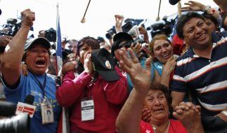 Nicht nur die Chilenen jubeln - die ganze Welt ist aus dem Häuschen. (Foto)