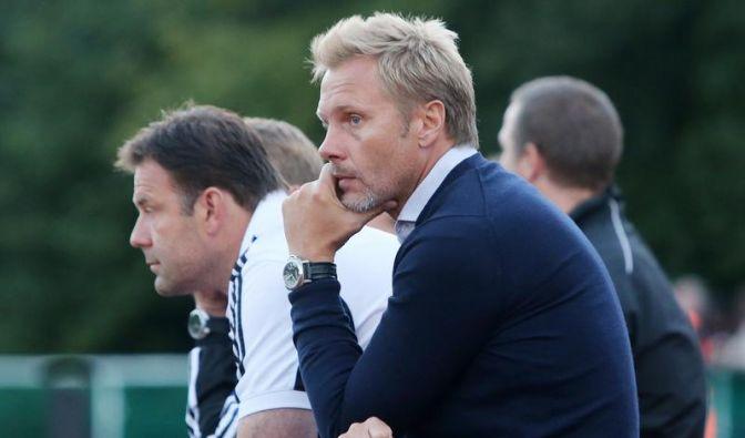 Nicht sofort den Trainer entlassen! (Foto)