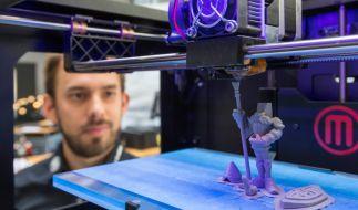 Nicht nur Spielzeug: 3D-Drucker fertigen mittlerweile auch künstliche Kieferprothesen, Hüftgelenk-Pfannen oder Halswirbel. (Foto)