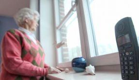 Nicht zurückziehen: Einsamkeit im Alter überwinden (Foto)