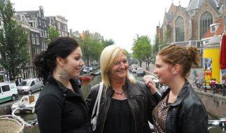 Niederländische Opfer: Anita de Wit (Mitte) mit ihrer Tochter Angélique (links) und Angel. Die beide (Foto)