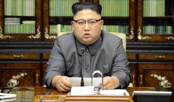 Nordkoreas Machthaber Kim Jong-un leitet offenbar den nächsten Schritt ein und setzt künftig auf Biowaffen. (Foto)