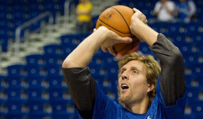 Nowitzki trainiert wieder - Dallas beendet Durststrecke (Foto)