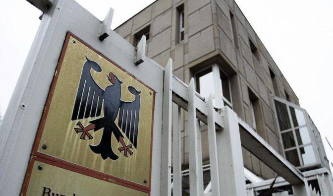 NPD will Post zu Verteilung von Partei-Zeitschrift zwingen (Foto)