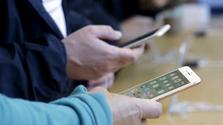 aufplatzende iphone 8 plus apple nutzer berichten von akku desaster. Black Bedroom Furniture Sets. Home Design Ideas