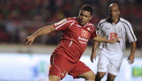 «O Gordo», der Dicke, in Aktion: Ronaldo bei einem Benefizspiel. (Foto)