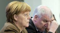 Ob sie sich im Gespräch auch so begegnen werden? Bundeskanzlerin Angela Merkel und CSU-Chef Horst Seehofer. (Foto)