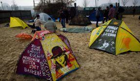 """""""Occupy""""-Vertreter besetzen Bundespressestrand (Foto)"""