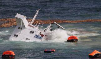 Öl-Alarm vor Neuseeland - «Rena im Todeskampf» (Foto)
